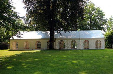 5 zalet imprezy firmowej pod namiotem