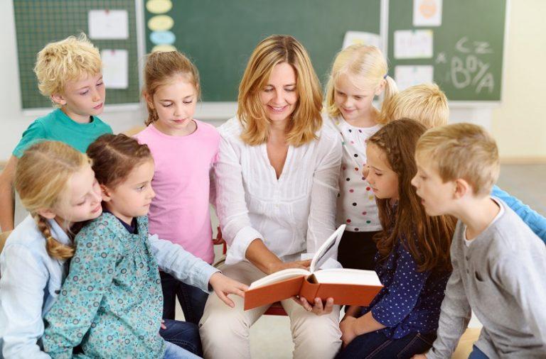 Kiedy zacząć uczyć dziecko języków obcych