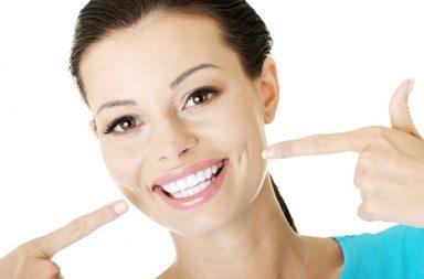 Wybielanie zębów popularne nie tylko wśród celebrytów
