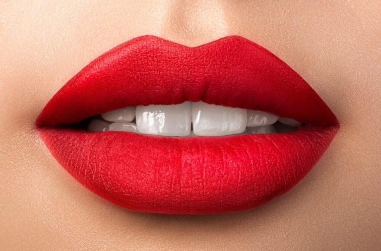 Co musisz wiedzieć o makijaż permanentnym ust