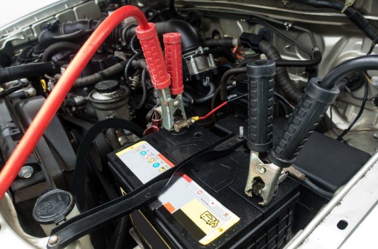 Awaryjne otwieranie i uruchamianie pojazdow, czyli w jakich przypadkach warto wezwac pomoc drogowa