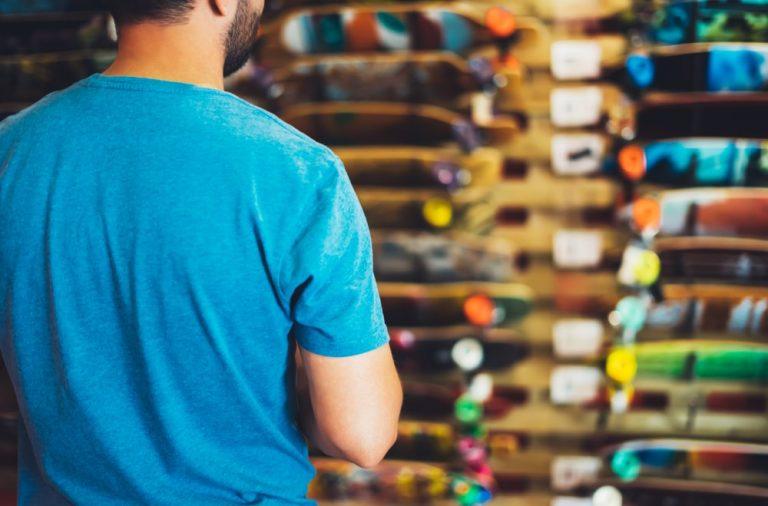 Chcesz urozmaicic swoja garderobe Zapoznaj sie z oferta skateshopu!